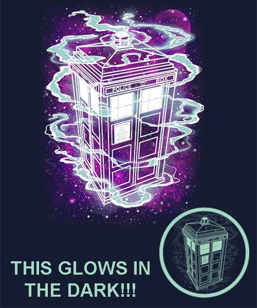 Doctor Who: It's Bigger On The Inside Glow in the dark! T-shirt
