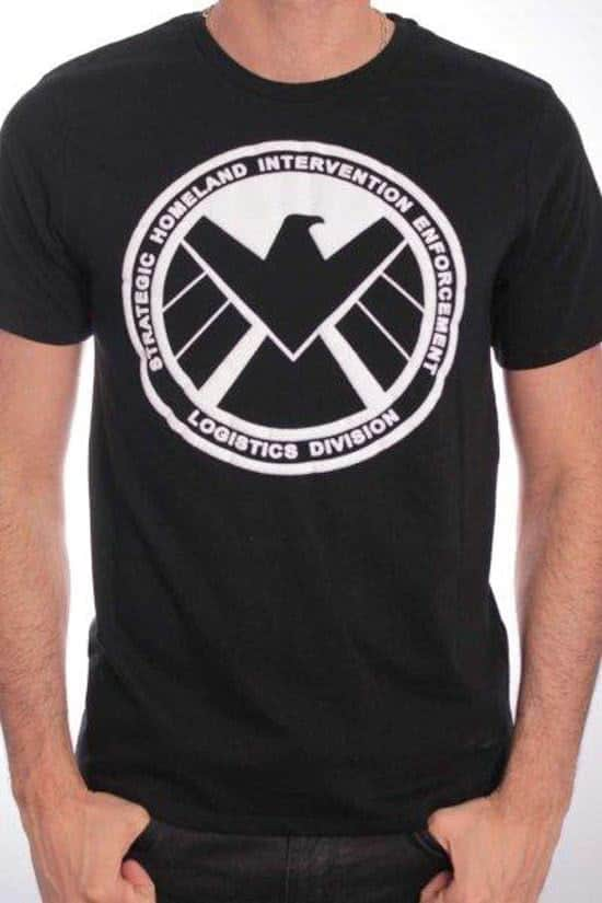 Captain America T-Shirt Shield Emblem